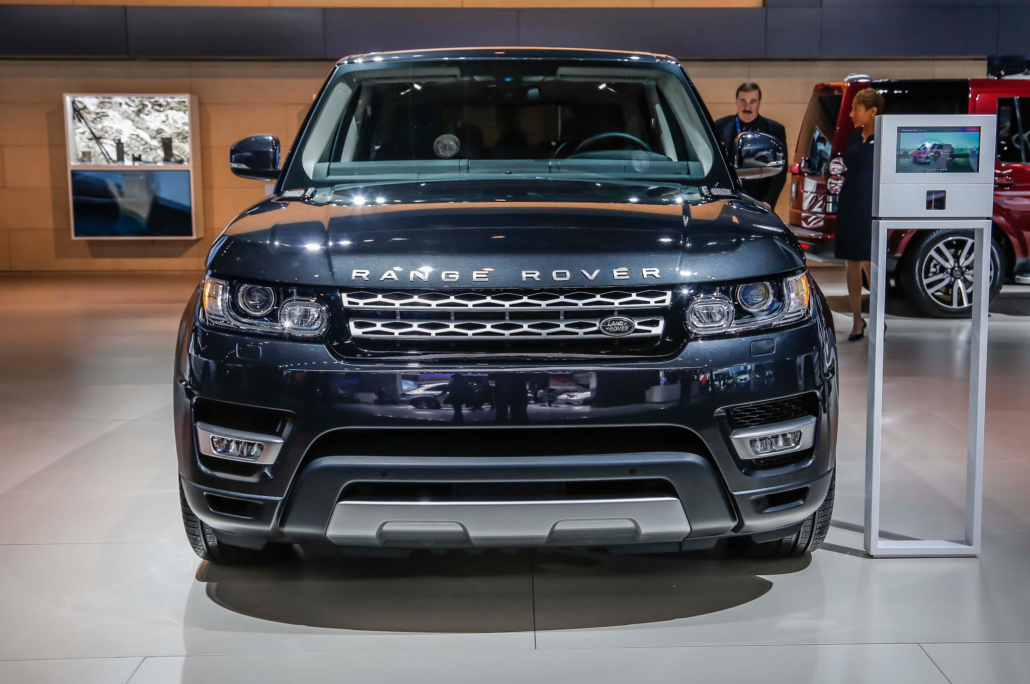 Land Rover Range Rover 2016 review – OSOUL HOUSE Kuwait