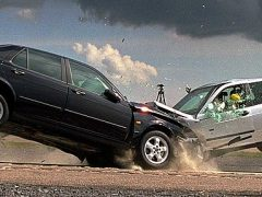 car_crash_ah_22423